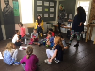 CCHS Students Teach Elementary School Students About The Robbins House